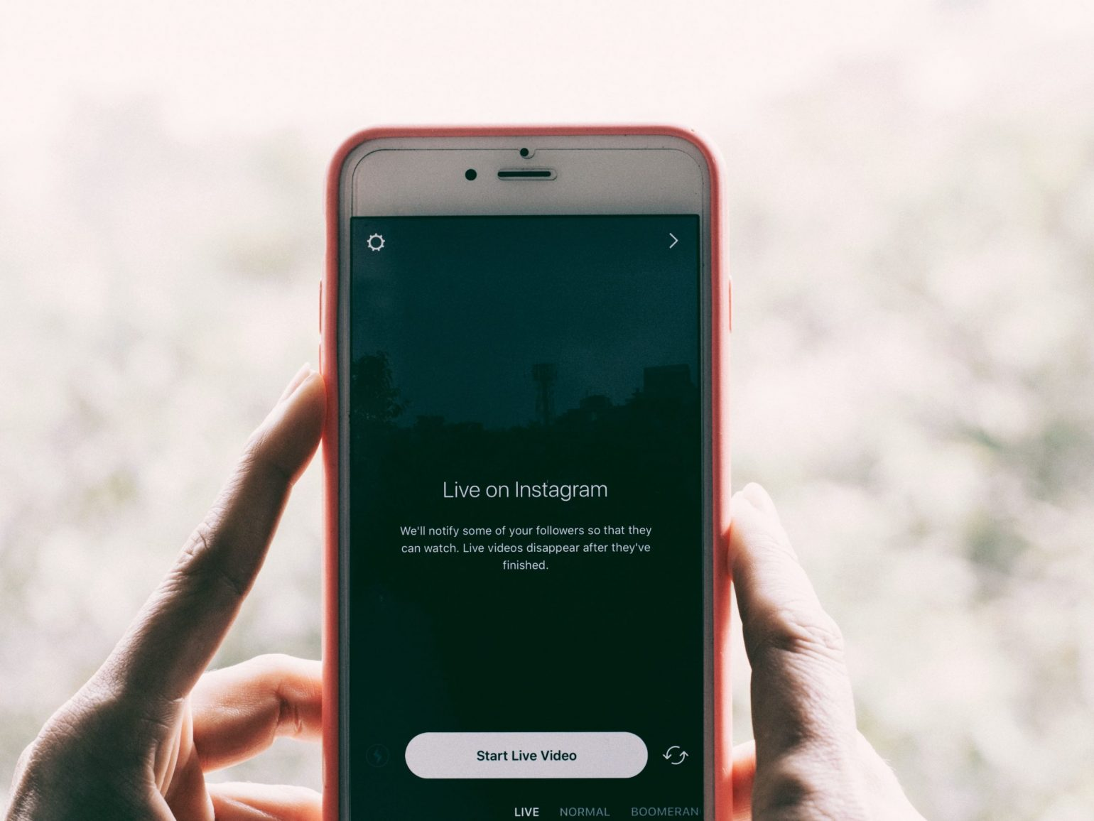 5 Ways to Engage With Your Audience via Live Videos