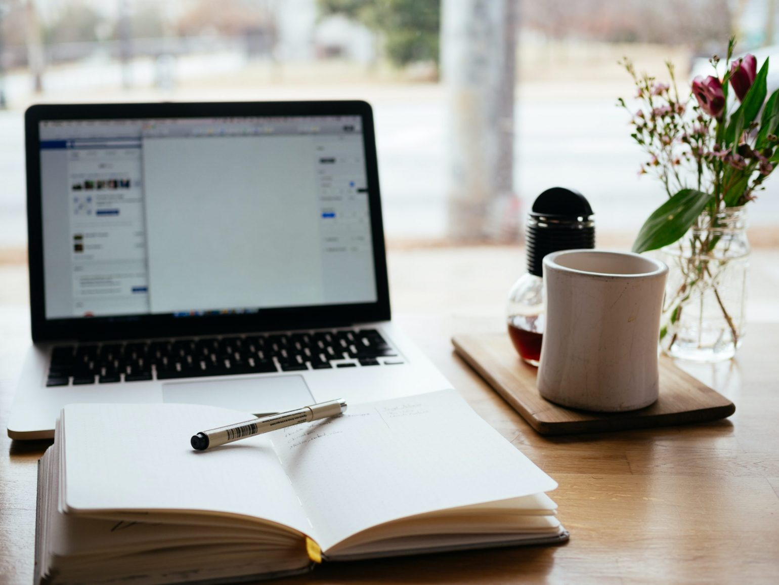 4 Benefits of a Blog for a Small Business Website