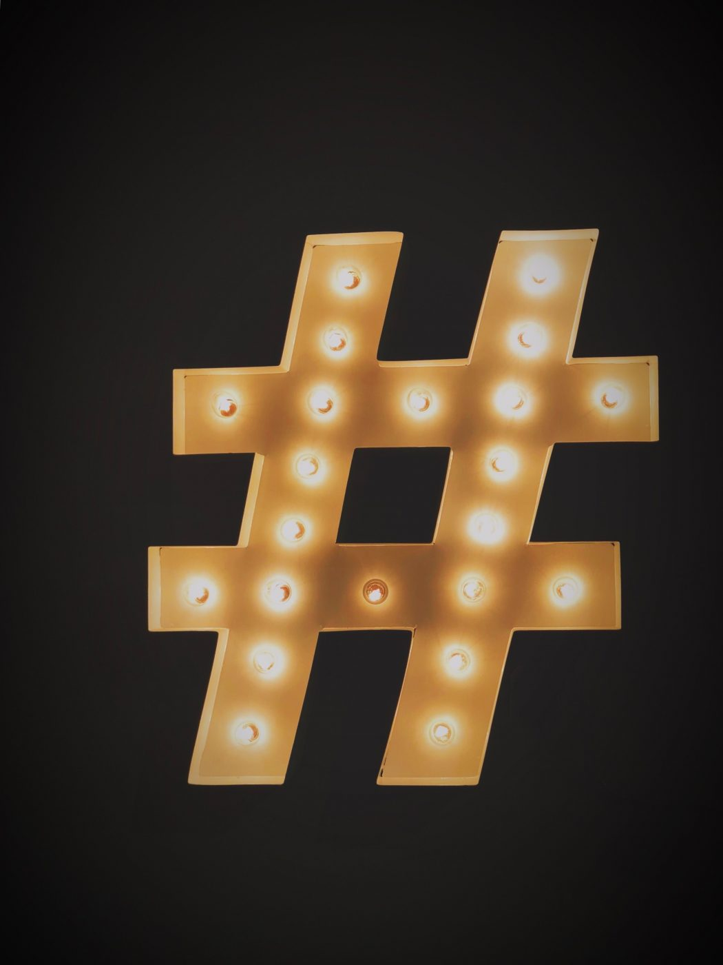 hashtags in social media marketing